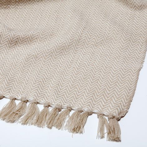 NATURAL-COLOURED HERRINGBONE ACRYLIC BLANKET - Blankets - Decoration | Zara Home United Kingdom