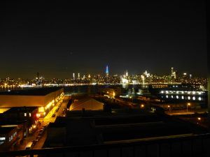 New York, chicche: lo skyline di Manhattan da Williamsburg, Brooklyn