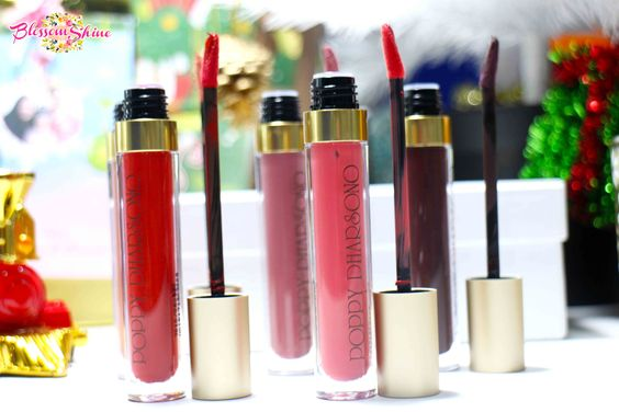 Liquid Lipstick Poppy Dharsono memiliki Doe Feet Applicator & kemasan tabung plastik