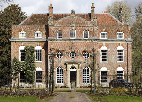 holdhard:  Biddesden House, Hampshire