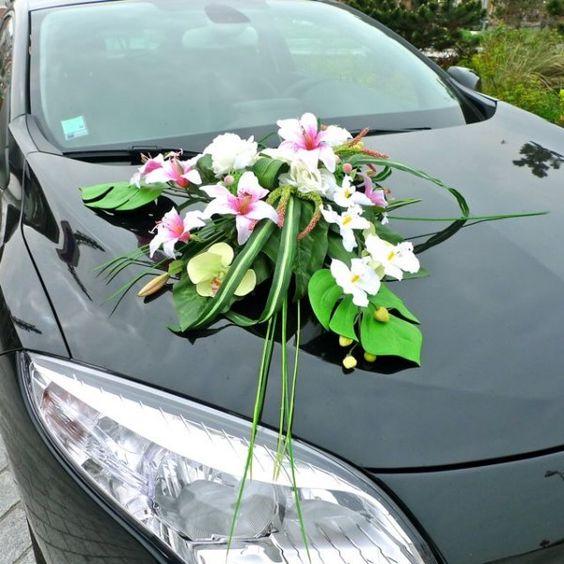 composition florale pour votre voiture de mariee en fleurs artificielles decoration mariage jpg