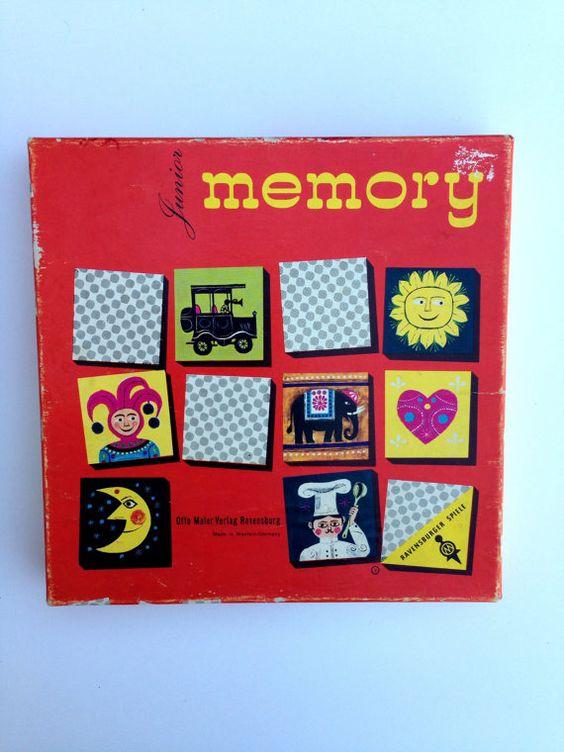 Genau so eines hatten wir. Ich erinnere mich noch an die Motive. :)   Vintage Junior Memory Card Game Ravensburger