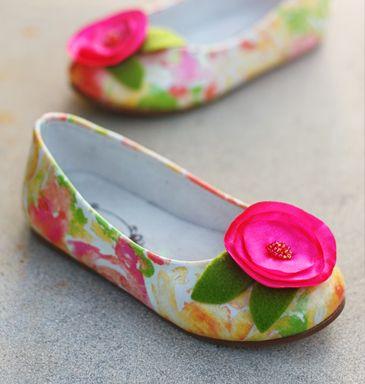 cute floral shoes