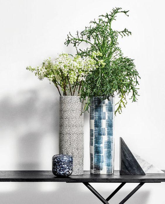 Handgefertigte Vase im Scribble-Look von H. Skjalm P.