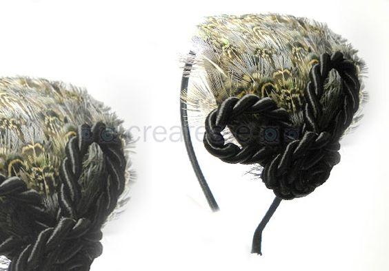 Diadema con plumas