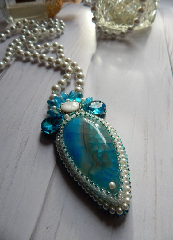 Necklace with agate and blue crystals by jewelryshopbyElen on Etsy