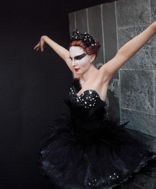 Nina como o Cisne Negro de Black Swan por Renata Jansen Uma de pinturas de tipo OOAK 3D em Barro - Esculturas Polymer