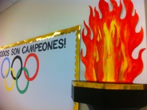 How To Create an Olympic Torch – foamboard and hot glue | Breanna CookeBreanna Cooke