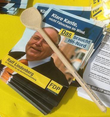 """""""Koche mit Liebe - wähle mit Verstand"""", super Give-away #FDP."""