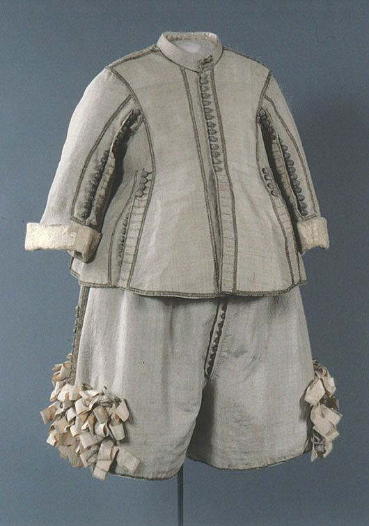 1650s suit in grey-blue silk, decorated with gold and silver.  Worn by King of Sweden Karl X. Gustav (1622-1660)