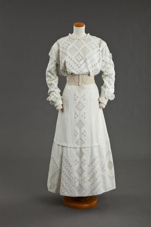 Dress 1900s The Goldstein Museum of Design