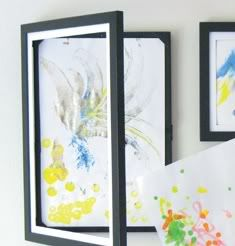 Lil DaVinci Art Cabinet frame for kiddos artwork..  Opens up for easy replacement can hold up to 50 pieces of artwork..
