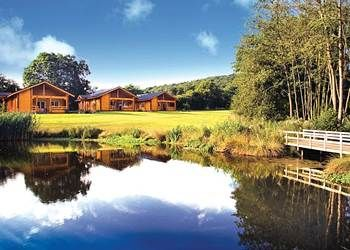 Wouldn't mind taking some time out here in one of these log cabins, looks amazing! This is Woodside Lodges in Herefordshire in case you are wandering :-)