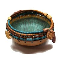 Coiled Top Cat Angel Bowl