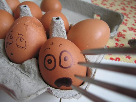 creative-egg-drawing-photos-16.jpg 630×473 pixels