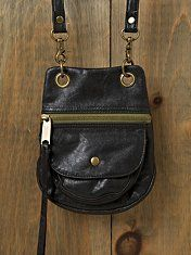 Comanche pocket crossbody. Everyday perfect.
