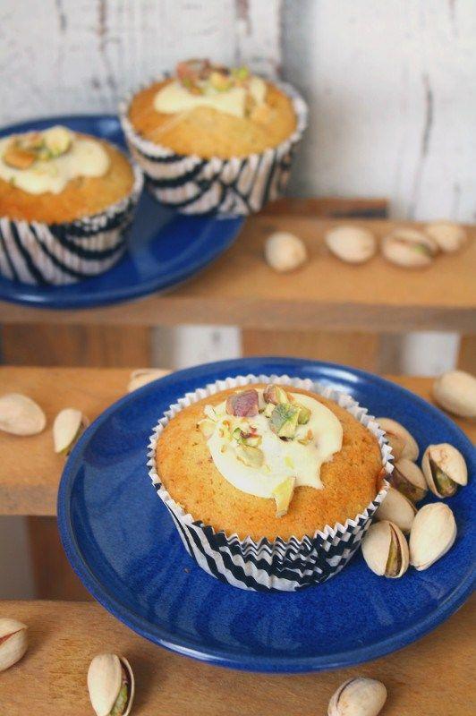 Ein klassischer Muffin - mit weißer Schokolade und Pistazien neu interpretiert