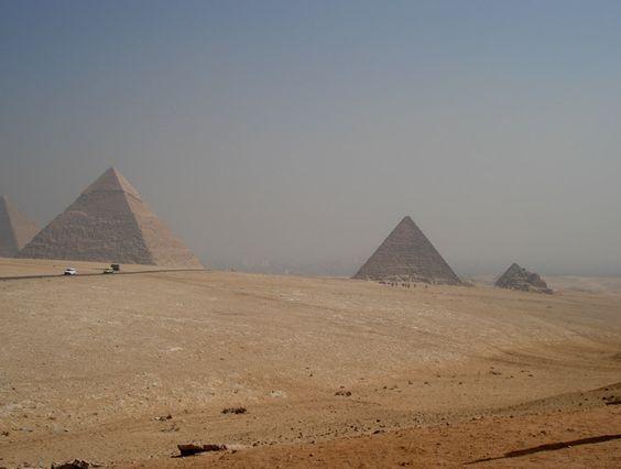 Giza, en Egipto. Una de las imágenes más características de este país.