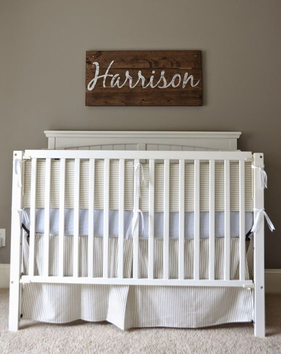 love the name on wood above the crib