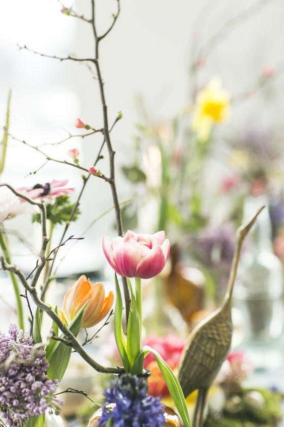 Floraler Ostertisch. #tollwasblumenmachen
