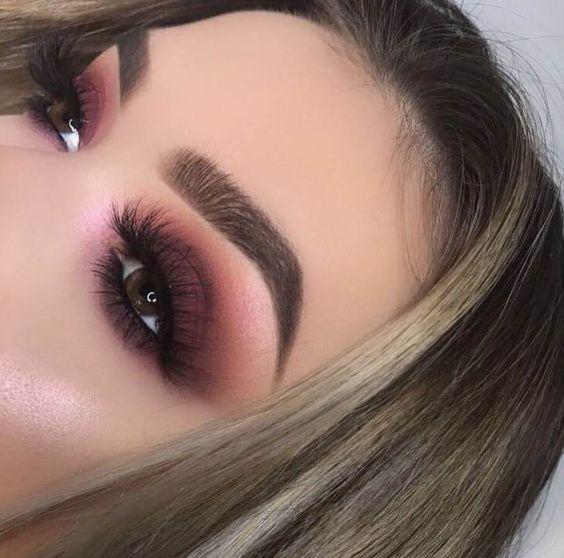 Brown smokey eyes with a touch of plum look fabulous on brown eyes. #eyemakeup #browneyes #eyeshadow