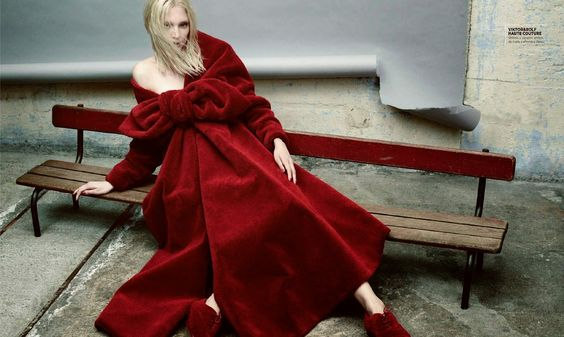 """Seams of Passion"" Melissa Tammerijn by Nicolas Valois for Harper's Bazaar Spain October 2014"