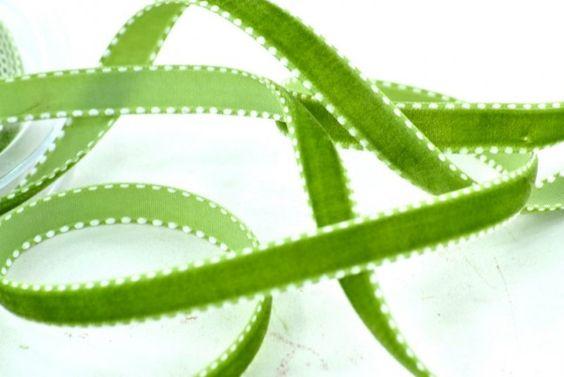 Nastri di velluto - Nastro di Velluto Verde mm.10 metri 9 - un prodotto unico di raffasupplies su DaWanda