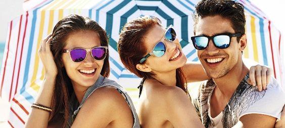 Sí al sol, pero con #gafasdesol. Cuida tu vista esta #primavera-#verano con los mejores consejos. Te lo contamos todo en nuestro post.http://barcelonaloptica.com/en-verano-te-olvides-de-cuidar-tus-ojos/