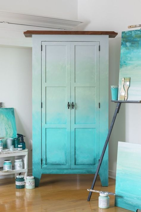 How To Blend Paint To Create An Ombré Effect • Fusion™️ Mineral Paint #HomeDecor #DIY #HomeDecorating #Ombre #FusionMineralPaint