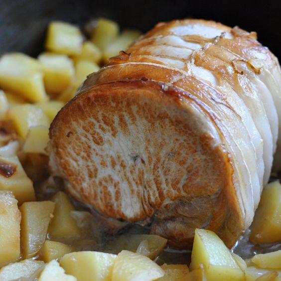 Voici TA recette facile de roti de porc au four ! Le secret pour une cuisson du rôti réussie, c'est de le faire d'abord revenir, puis de le cuire au four lentement afin qu'il soit super moelleux...