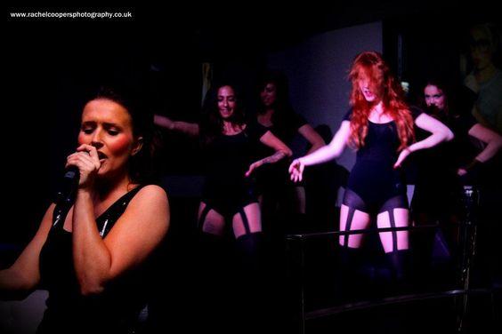 Live singers Burlesque shows