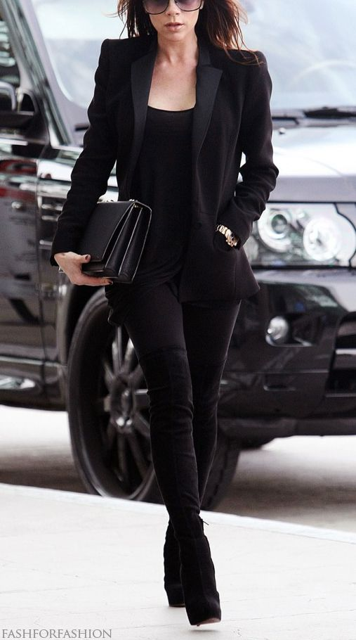 Victoria, she can do no wrong. Of course I like this! All black! My fav thing to wear, elegant classy and simple! With a colored or print shoe to pop :):