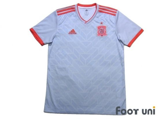 Spain 2018 Away Shirt In 2020 Retro Football Shirts Vintage Football Shirts Soccer Shirts
