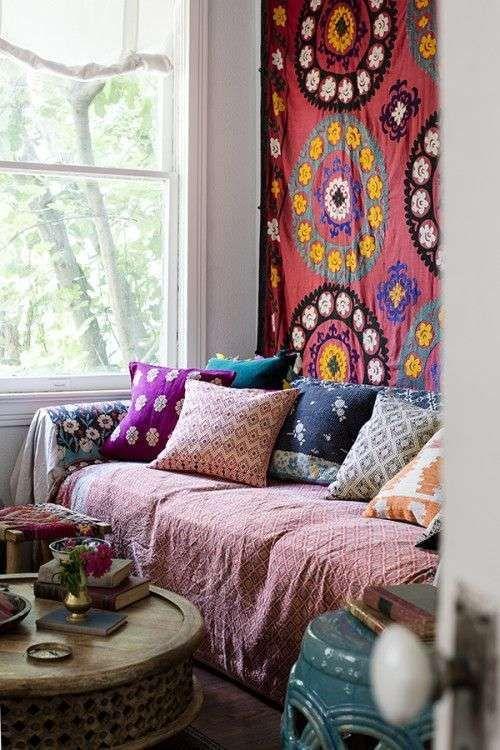 Arredare casa in stile hippie chic - Cuscini decorativi