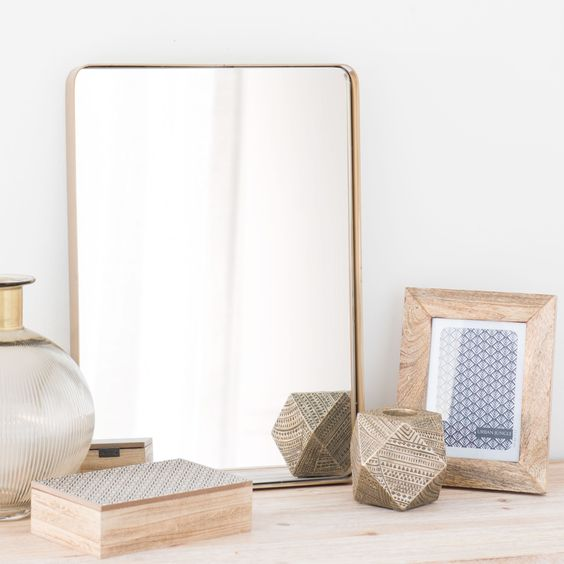 Spiegel aus Metall vergoldet D 50 cm FERAO
