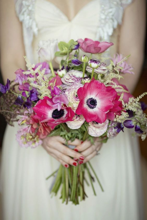 This bouquet is beautiful! Photography by Clean Plate Pictures / Floral Design by Bedford & Co.