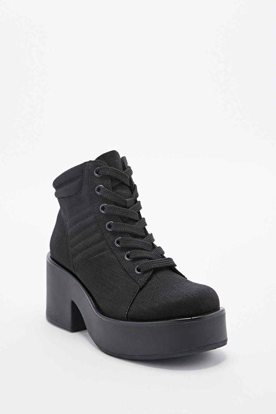 Vagabond - Bottines Emma en toile à lacets noires
