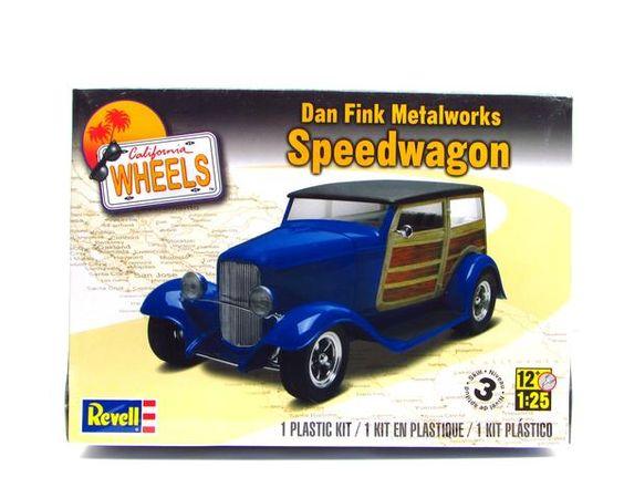 Dan Fink Metalworks Speedwagon  1/25 scale model by Revell  Detailed…
