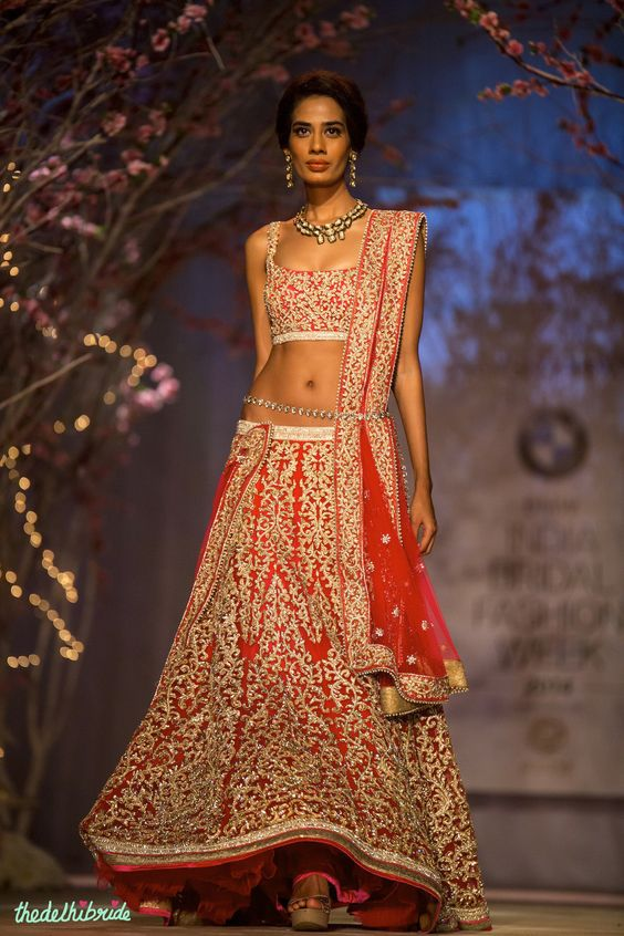 Bridal red lehenga by Jyotsna Tiwari | thedelhibride wedding blog