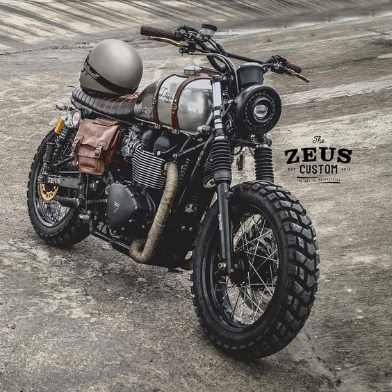 Triumph Bonneville 900 Mad Max Scramble by @zeuscustom: