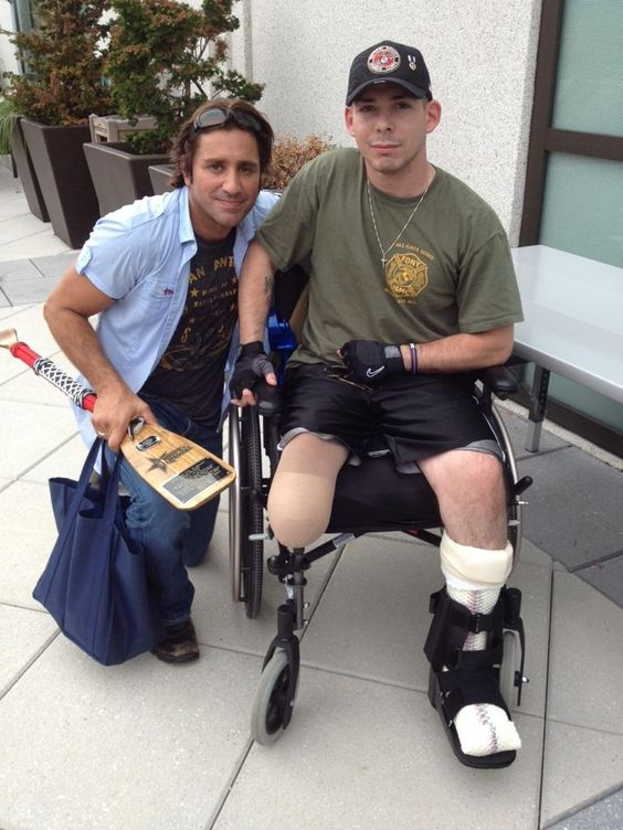 Hope For The Warriors with Steve Azar at Walter Reed Medical Center.
