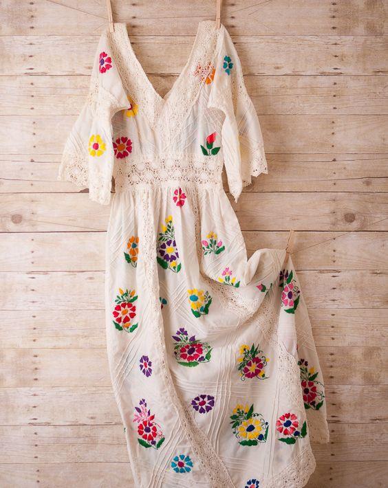 mexican wedding dress - folkloric peasant dress - boho hippie wedding