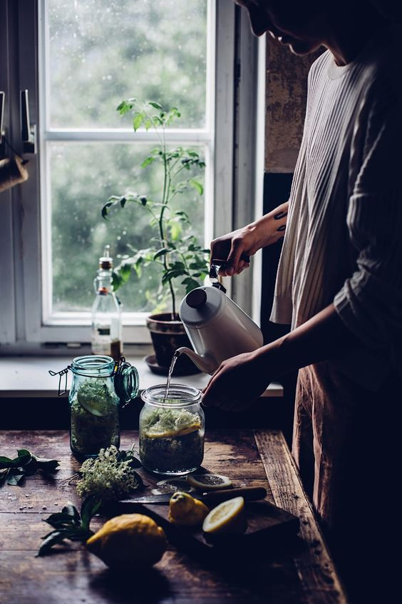 Homemade Elderflower Syrup / recette sirop de sureau fait maison
