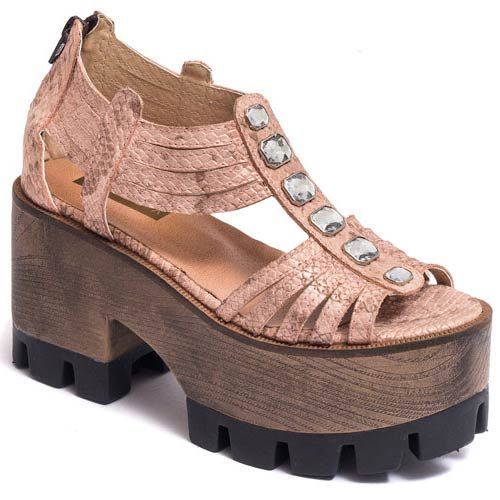 44 Comfy Platform Sandals You Will Definitely Want To Keep shoes womenshoes footwear shoestrends