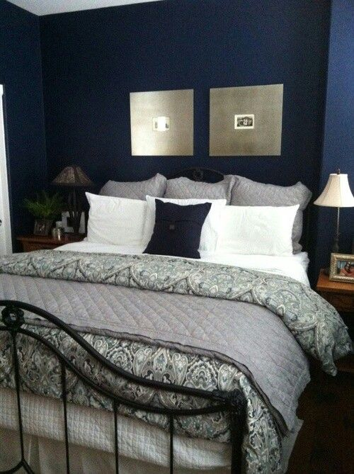 Midnight Blue Light Blue Flowers And Quilt On Pinterest