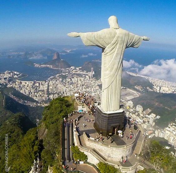 Cristo Redentor - Rio de Janeiro - Brasil Instagram: @thiagomlcorrea
