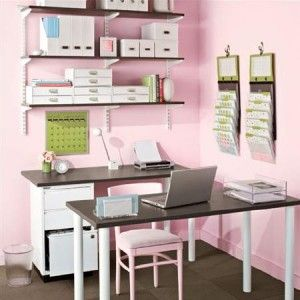 pink!!! home office.