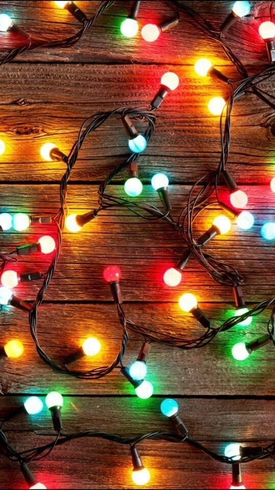 Always The Beauty Color Glow Of Christmas Lights Christmas Phone Wallpaper Wallpaper Iphone Christmas Cute Christmas Wallpaper