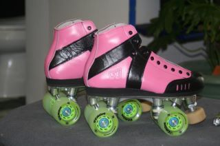 Custom Skates for Boom Dot Saint