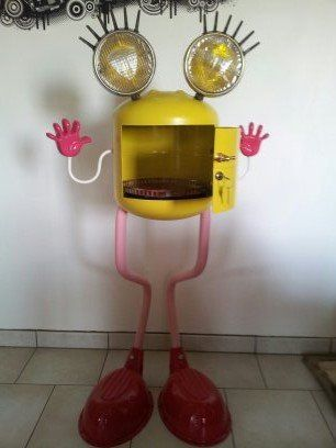 LOVE IT!  Monsieur B in metals art  with Sculpture Robots Recycled Light Art